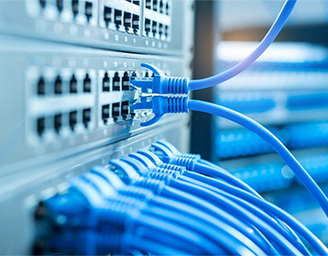 Netzwerk-, Glasfaser und Kommunitionssysteme